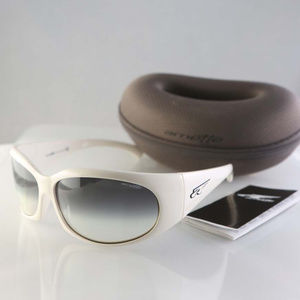 Arnette sunglasses, white frame, gray lenses Italy